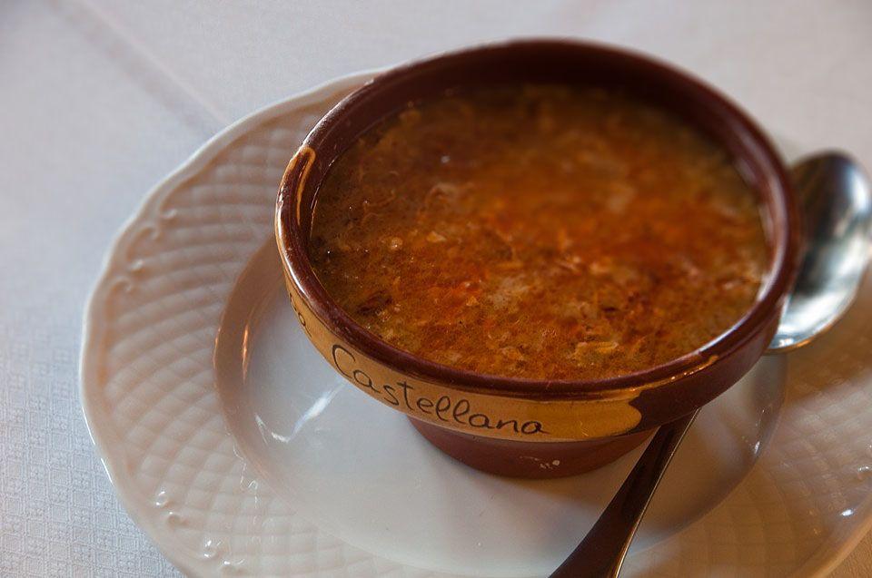 Restaurante restaurante y pensi n covarrubias burgos - Sopa castellana casera ...